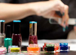 Complete Nail Technicians Courses in Leeds